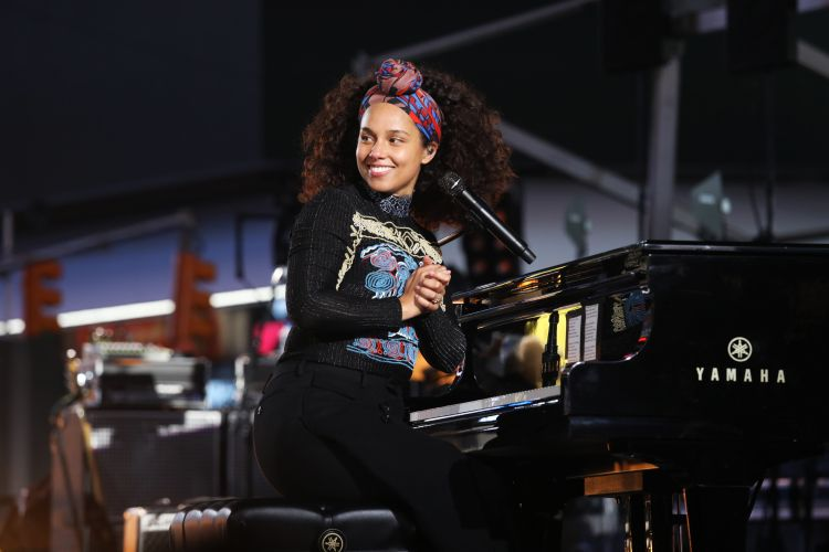 Alicia Keys & John Mayer - If I ain't got you - Gravity (Times Square Live)
