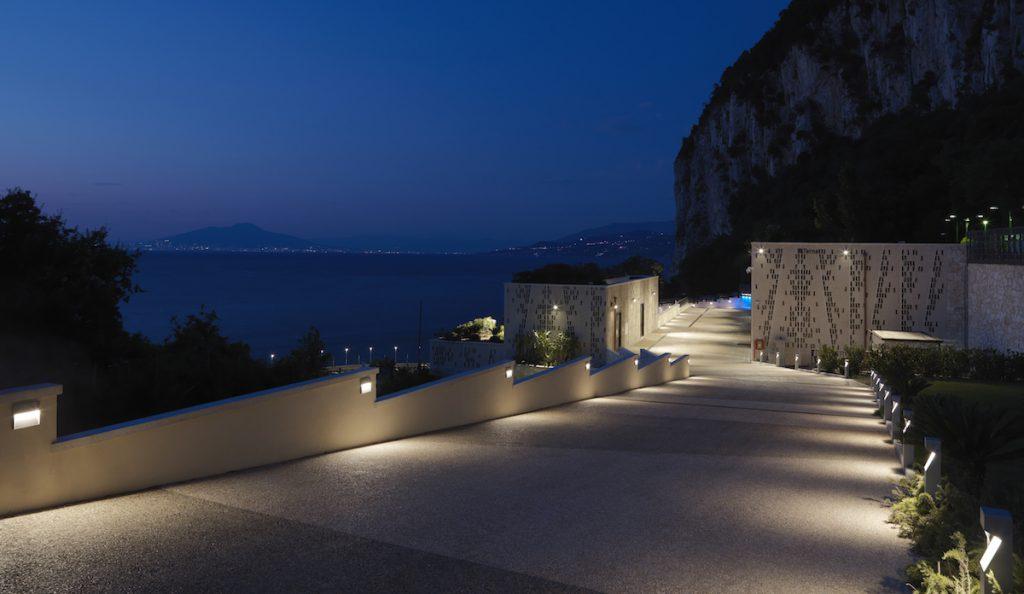 Das Kraftwerk auf Capri bei Nacht