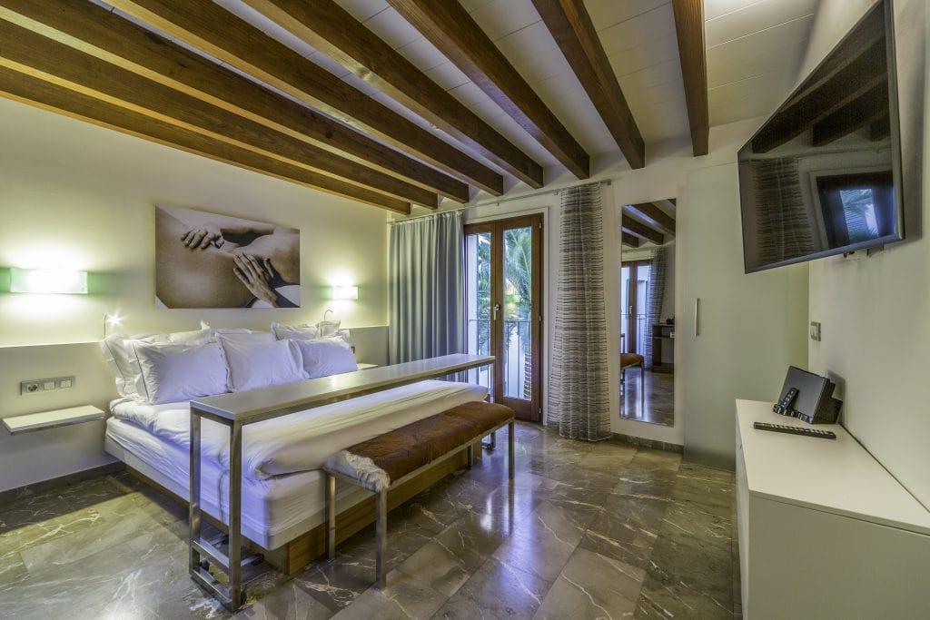 Hotel Tres Interior