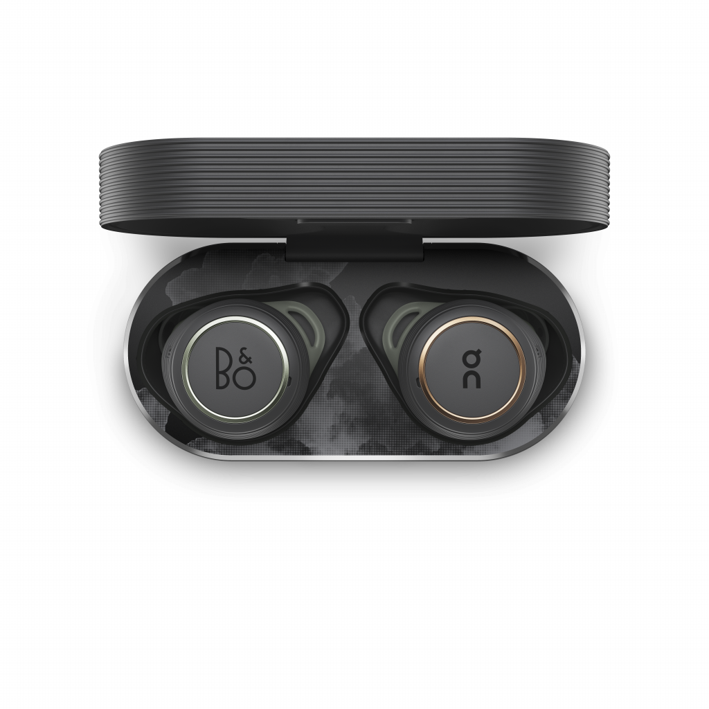 On × Bang & Olufsen: Beoplay E8 Sport On Edition earphones