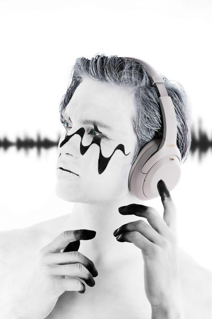 Mathias Kniepeiss Sound of Silence